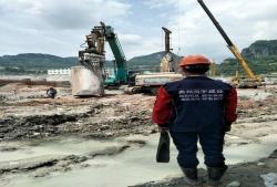 石阡县万金庄棚改项目旋挖孔桩施工